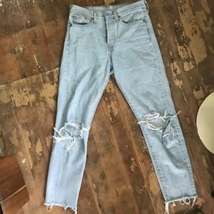 Levi's high waisted, great wash!!!!